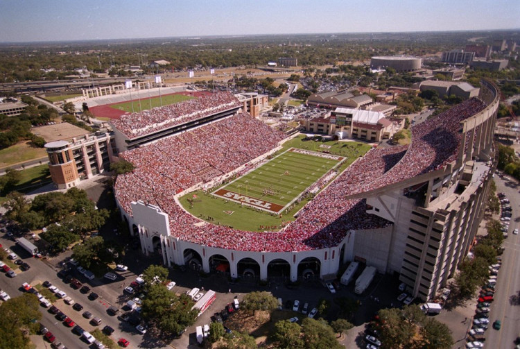 Darrell K Royal–Texas Memorial Stadium