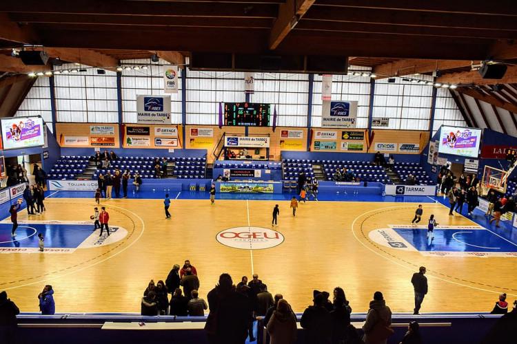 Palais des sports du quai de l'Adour